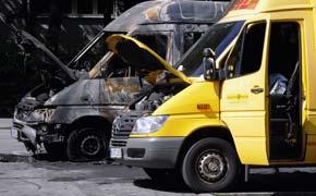 DHL-Fahrzeuge in Berlin sabotiert im Juni 2009